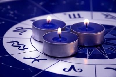 Az asztrológus karmikus történetei